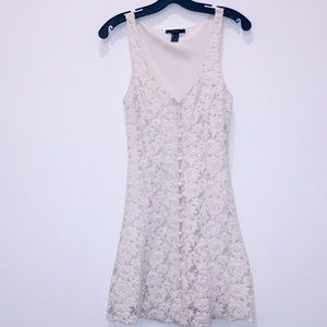 Front button lace sleeveless dress